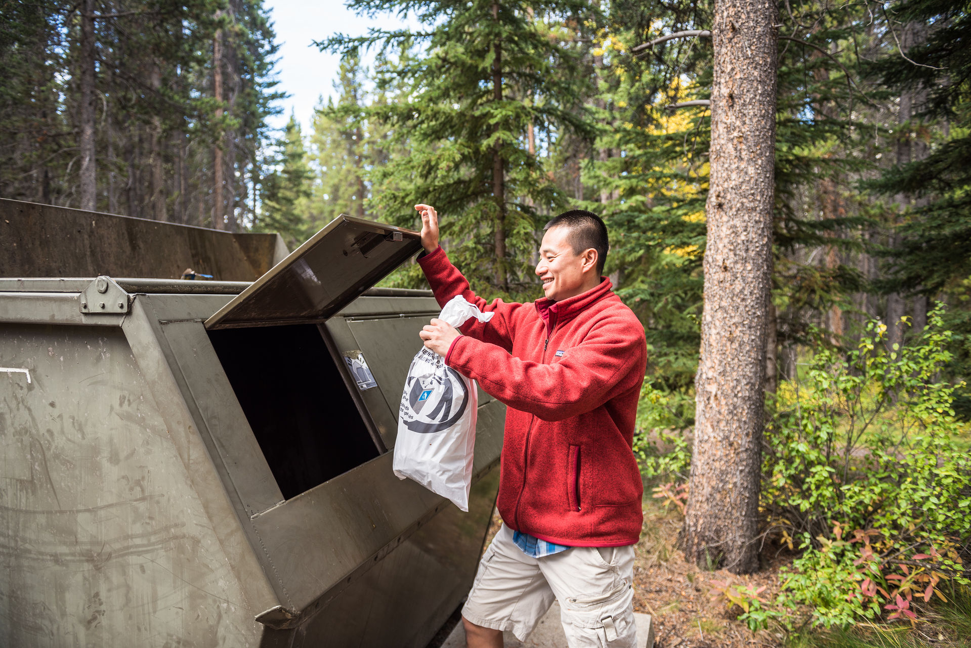Parks Canada: Keeping the Wild in Wilderness - Leave No Trace on Your Next Outdoor Adventure